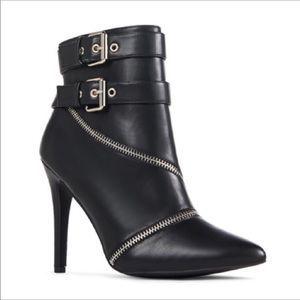 Just Fab heeled faux leather ankle zipper bootie